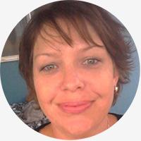 Amanda-Roberston-circle-grey Testimonial image