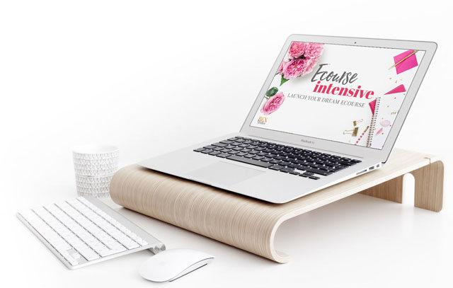 Laptop-mockup-eCourseIntensive@640